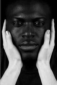 differences between black and white skin